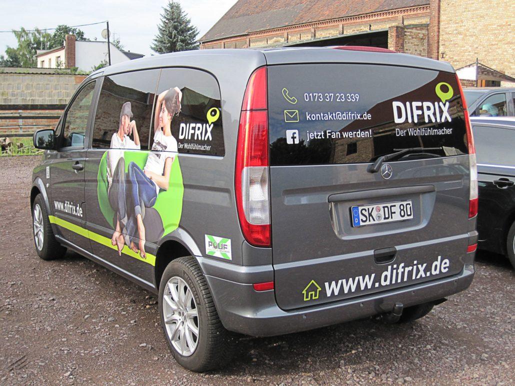 Werbeagentur Berlin DIFRIX Sitzsack - Farzeugbeschriftung
