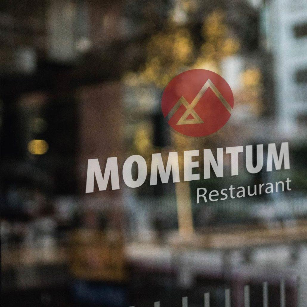Restaurant-Momentum-Corporate-Design